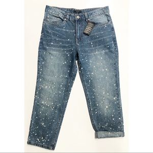 """NWOT Forever 21 11"""" Rise Bleached Boyfriend Jeans"""